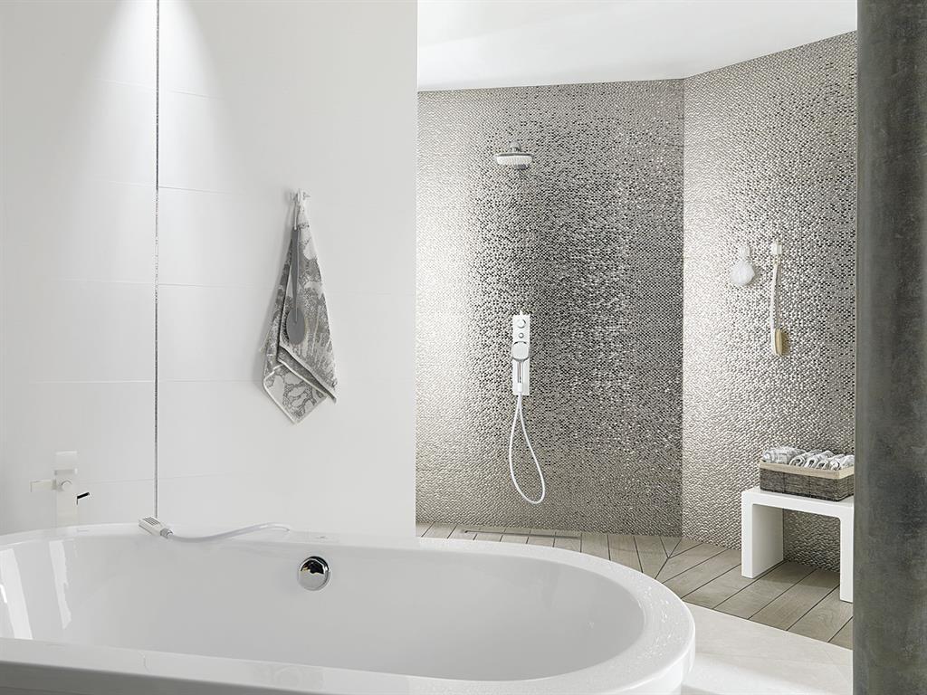 Carrelage salle de bain brillant ou mat