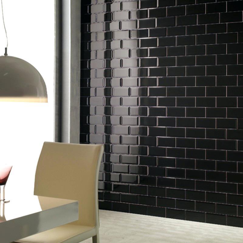 carrelage metro noir brillant id e de maison et d co. Black Bedroom Furniture Sets. Home Design Ideas