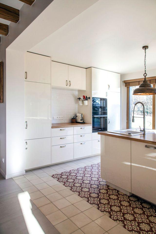 carrelage et parquet dans la meme piece photo id e de maison et d co. Black Bedroom Furniture Sets. Home Design Ideas