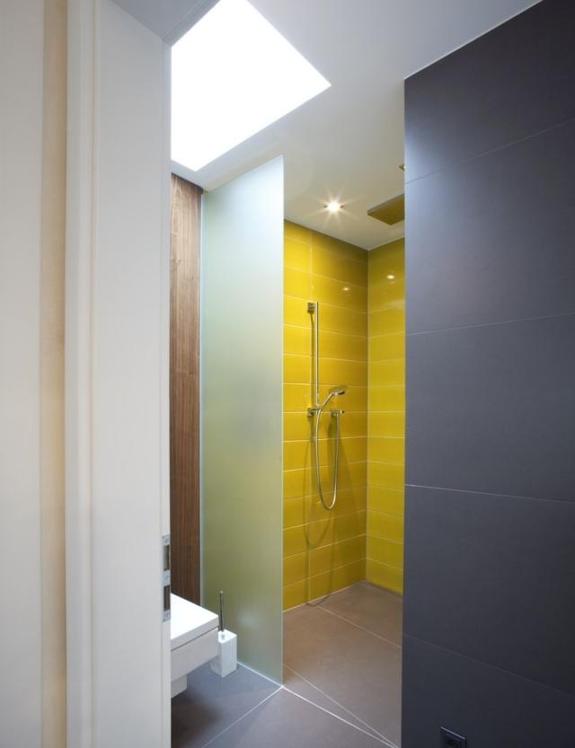 Carrelage salle de bain gris et jaune