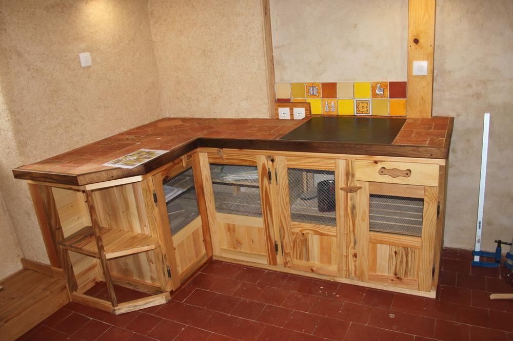 Meuble de cuisine fait avec des palettes id e de maison et d co - Meuble de cuisine fait maison ...