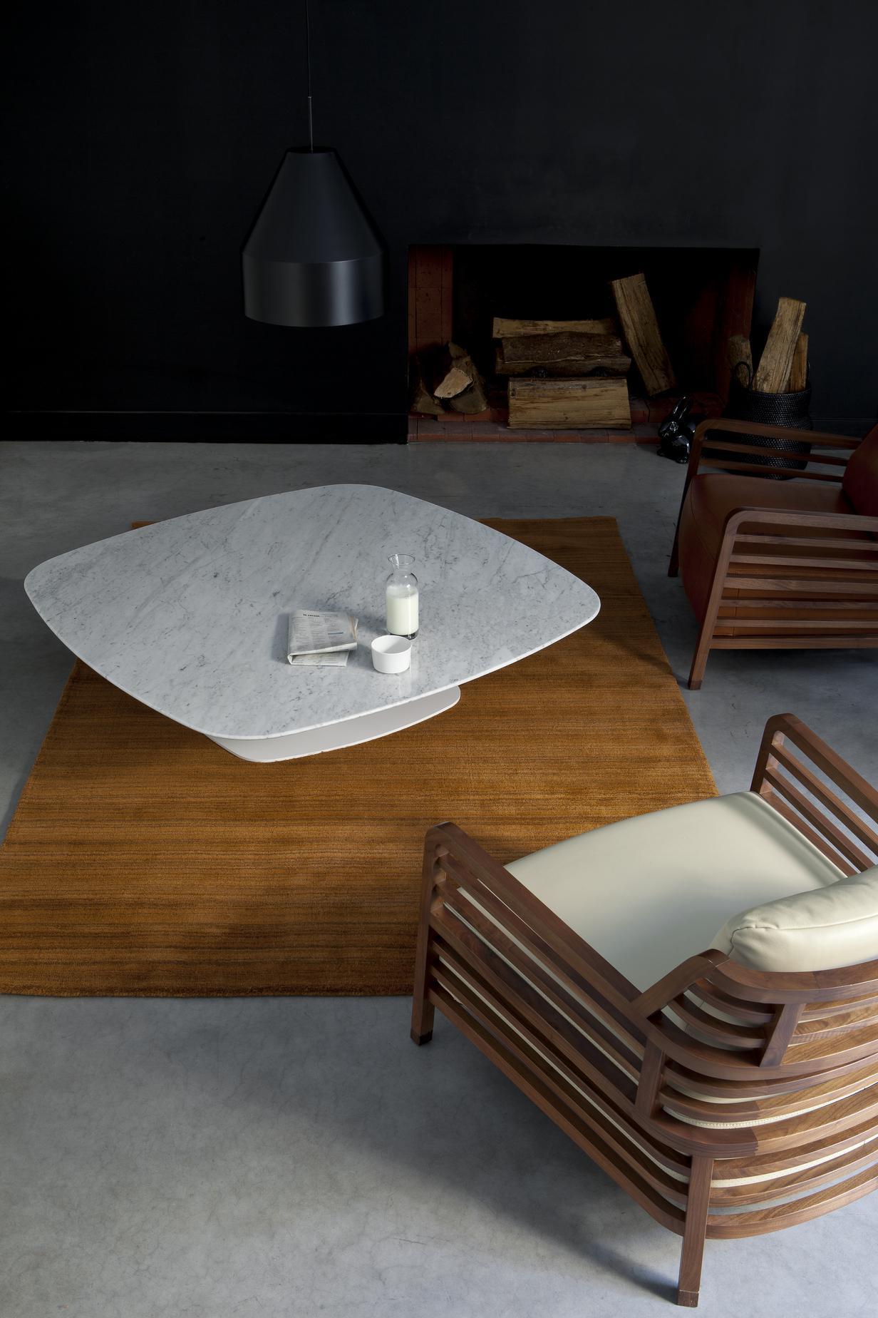 Table basse marbre ligne roset