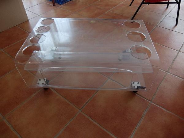 Table basse vintage en plexiglas