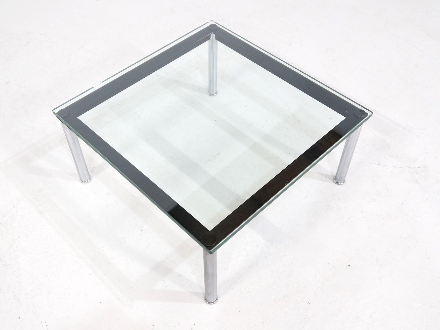 Table basse en verre le corbusier